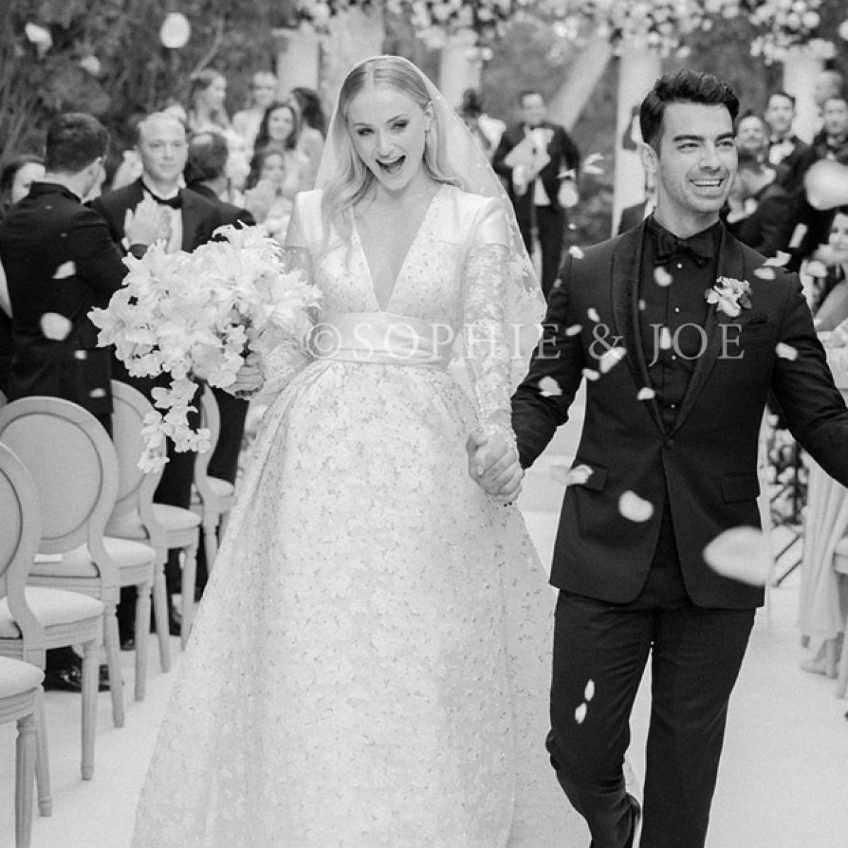 Sophie Turner's wedding dress took over 350 hours to design!