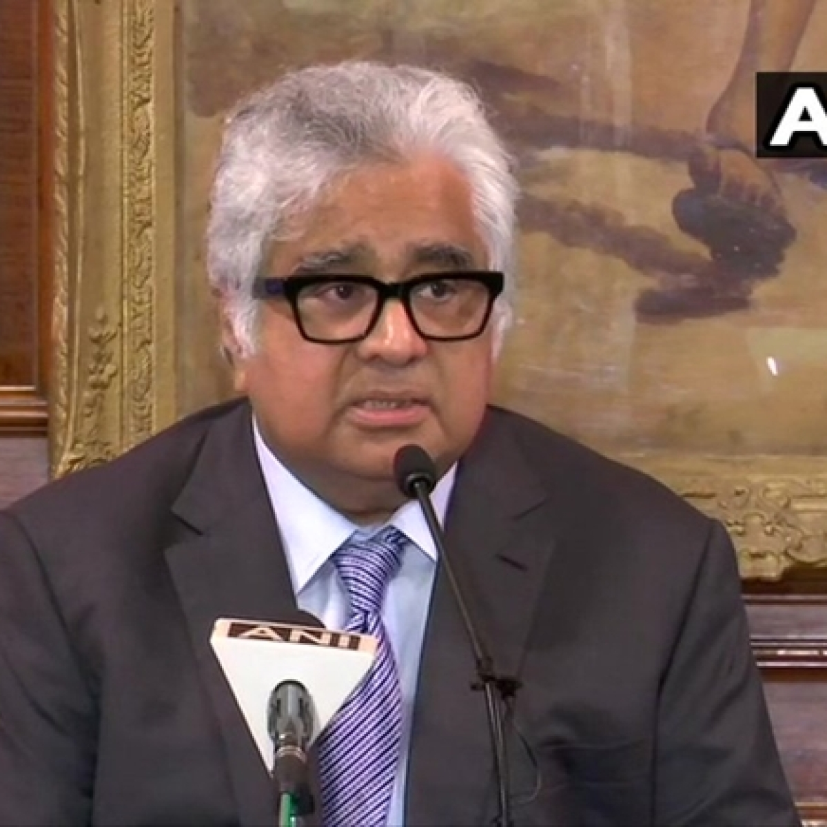 Amid debate over appointment, Harish Salve recused from SC's suo motu cognisance case on COVID-19 crisis