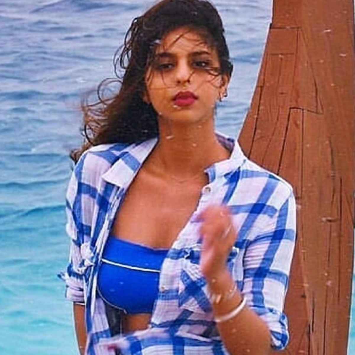 Suhana Khan sizzles in her beach look  from her Maldives vacation