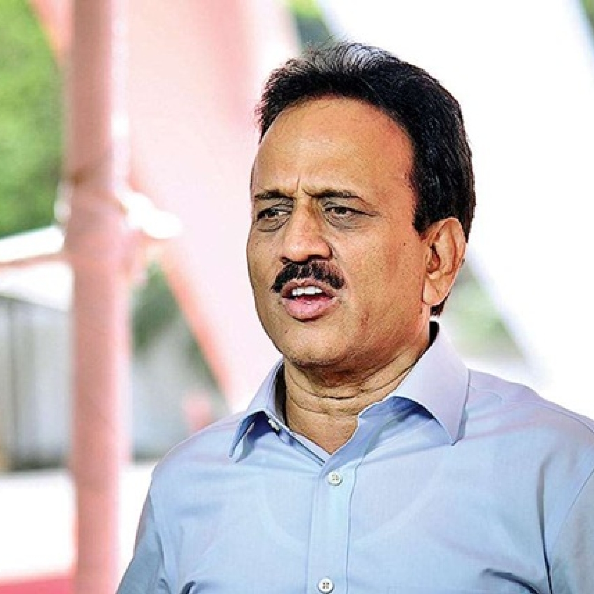 At least 50 MLAs of Congress, NCP in touch with BJP: Girish Mahajan