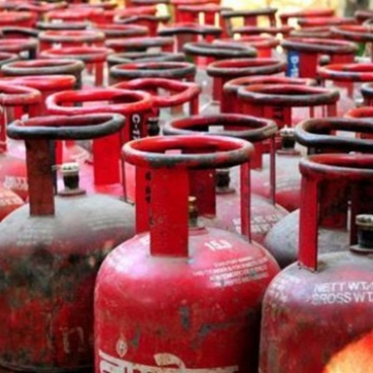 LPG cylinder to cost Rs 100 less in Delhi from today