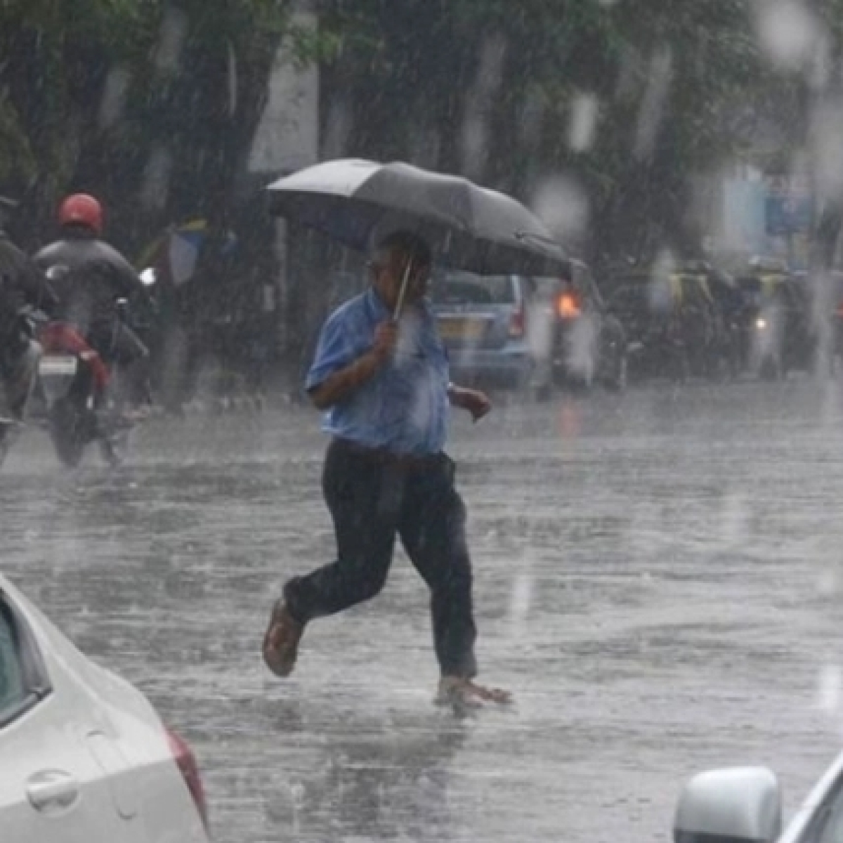 Mumbai, Thane and Navi Mumbai Weather Update: Rains to continue today, predicts IMD