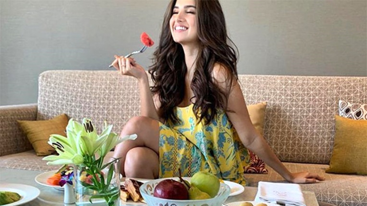 Foodie Tara Sutaria serves the perfect  Monday motivation on a platter