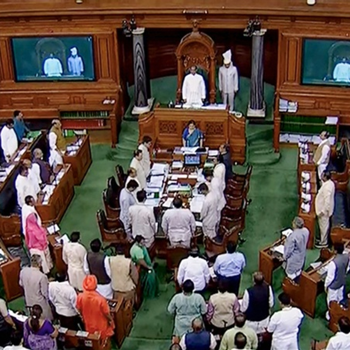 Opposition accuses BJP of manipulating ballot paper during voting on RTI Bill