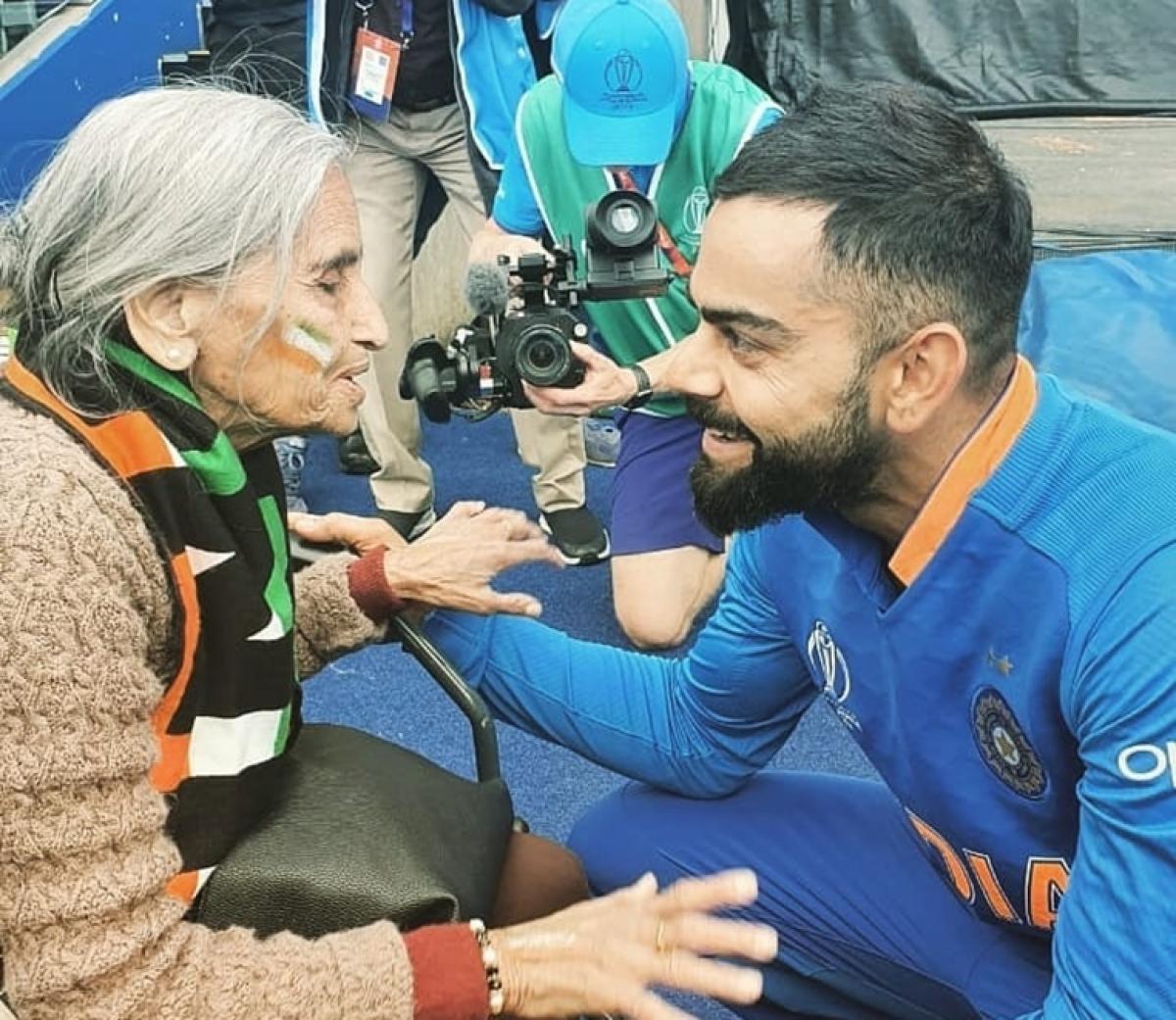Anushka Sharma, Ranveer Singh comment on Virat Kohli's fan moment with 87-year-old