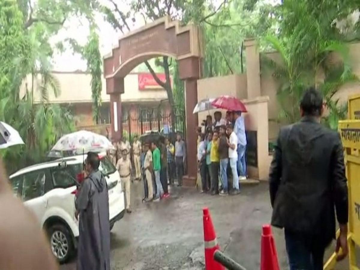 Karnataka crisis: Section 144 imposed in Powai area where rebel MLAs are lodged