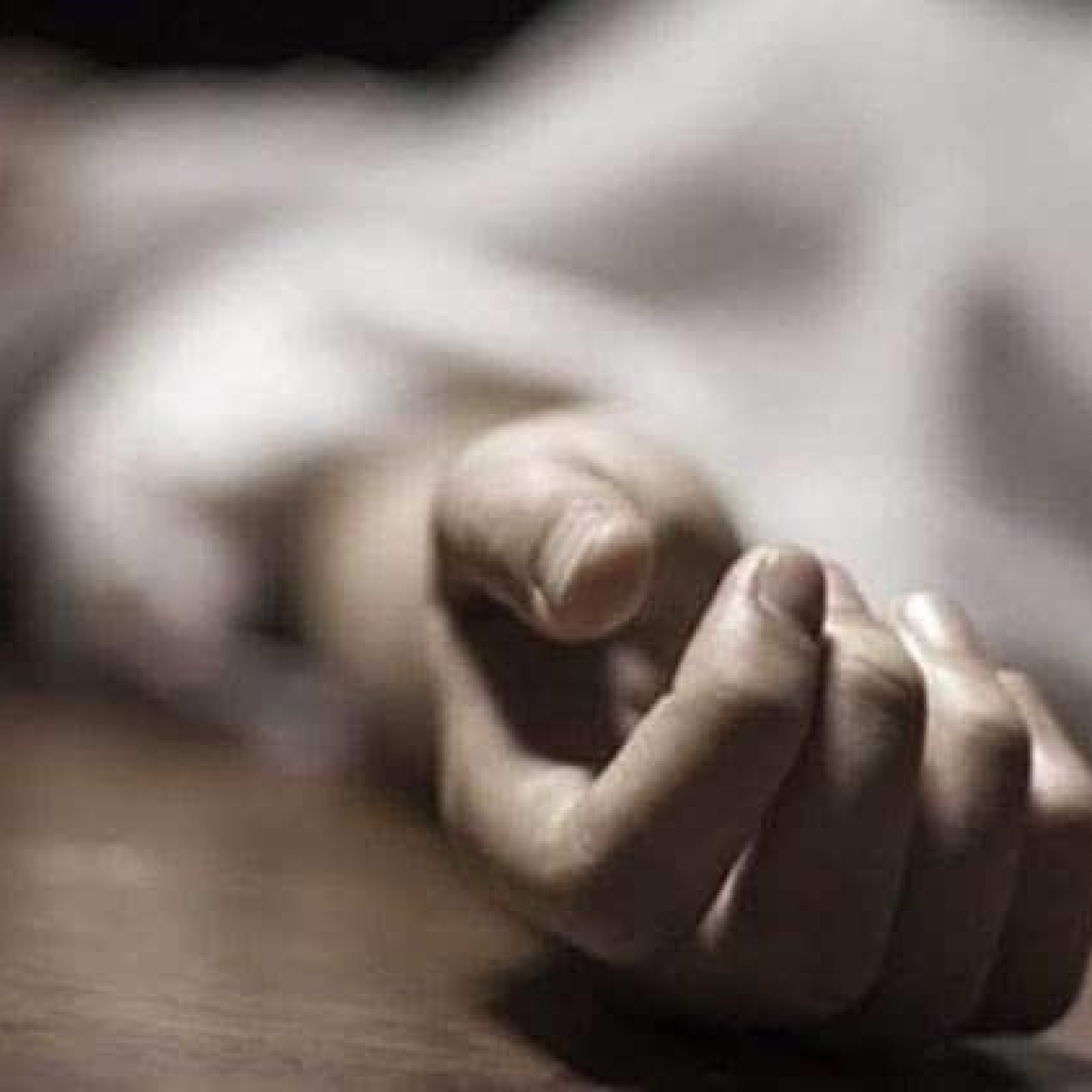 Mumbai: 56-year-old builder jumps to death from 15th floor in Matunga; police suggest he was under depression