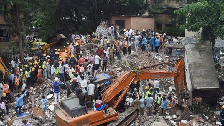 Mumbai: Vacant building collapses, teen rescued from debris