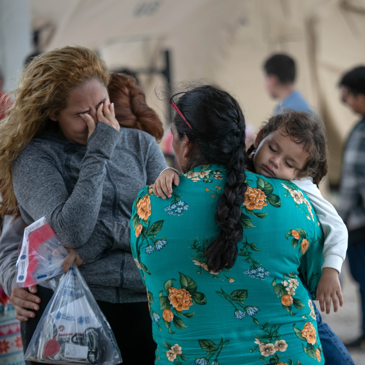 Tally of children split at border tops 5,400 in new count