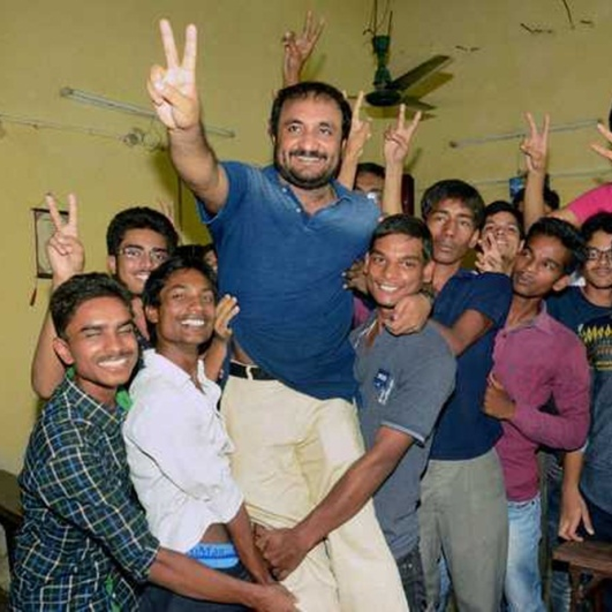 Crab mentality exists in small towns: Super 30's Anand Kumar