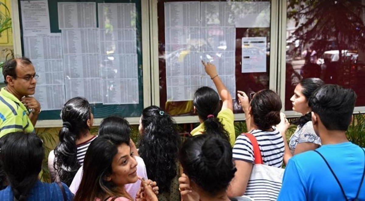Students bid for 2 lakh seats in FYJC second merit round