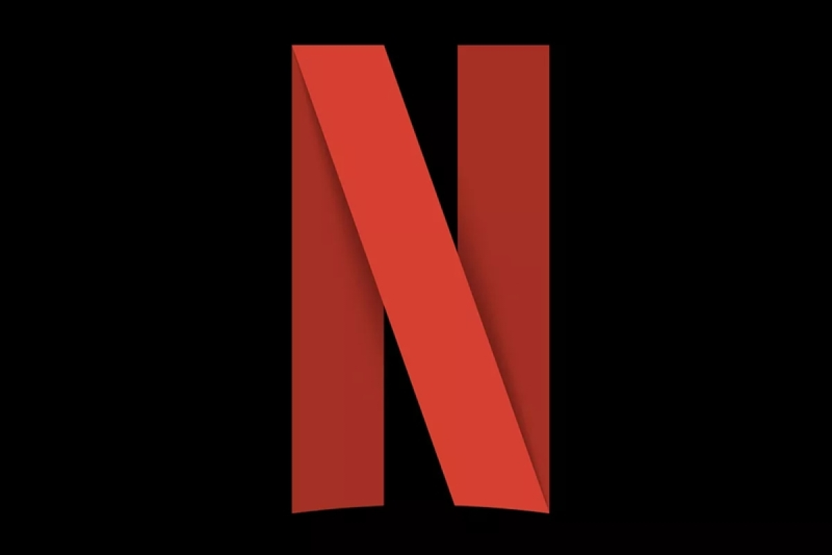 Netflix slide on low subscriber growth