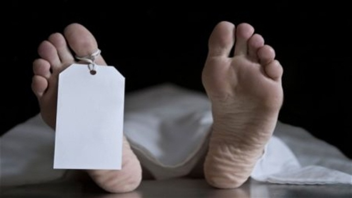 Thane: Father-son die as part of hillock caves in