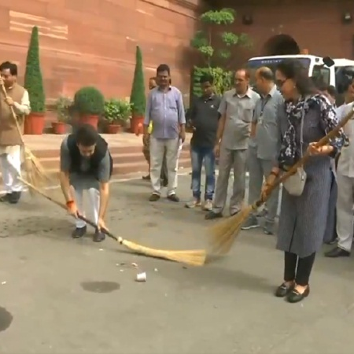 Watch: BJP MPs Anurag Thakur, Hema Malini sweep Parliament premises under Swachh Bharat Abhiyan