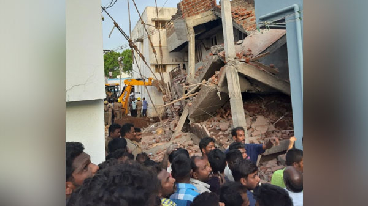 Tamil Nadu: Under-construction building collapses in Madurai, one dead