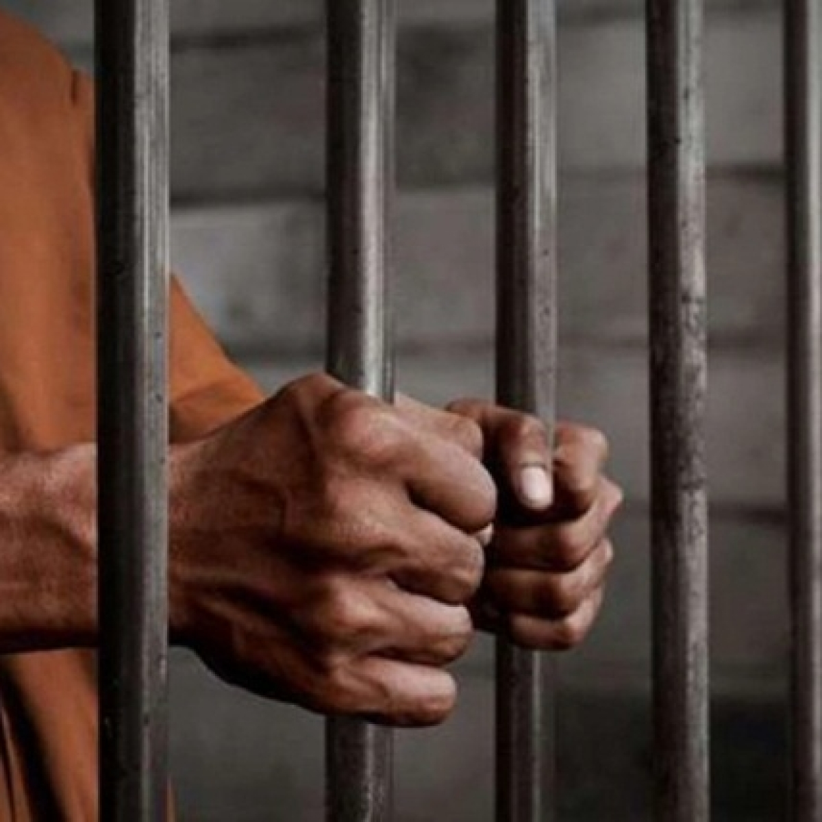Mumbai: Three arrested for duping businessman of Rs 1cr
