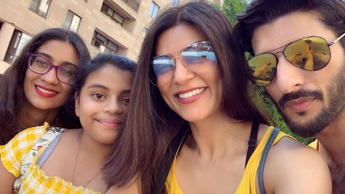 Sushmita Sen posts 'family selfie' with beau Roman Shawl
