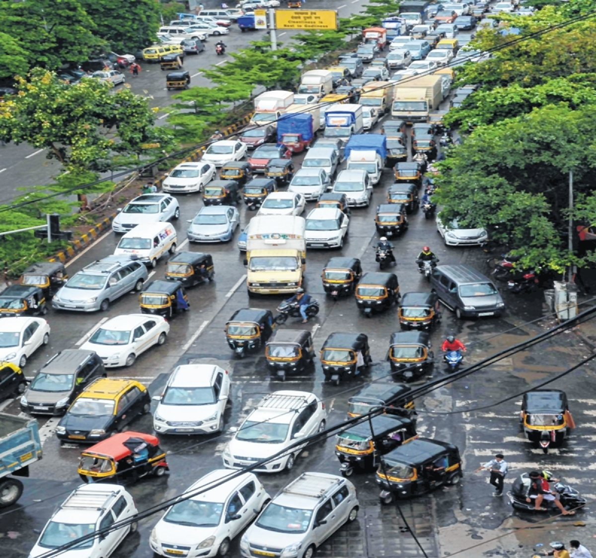 Mumbai: Traffic snarls rule the day