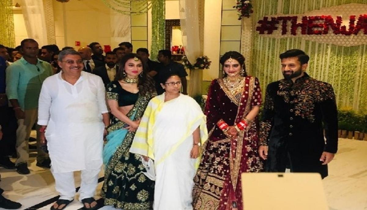 Mamata Banerjee attends Nusrat Jahan-Nikhil Jain's wedding reception