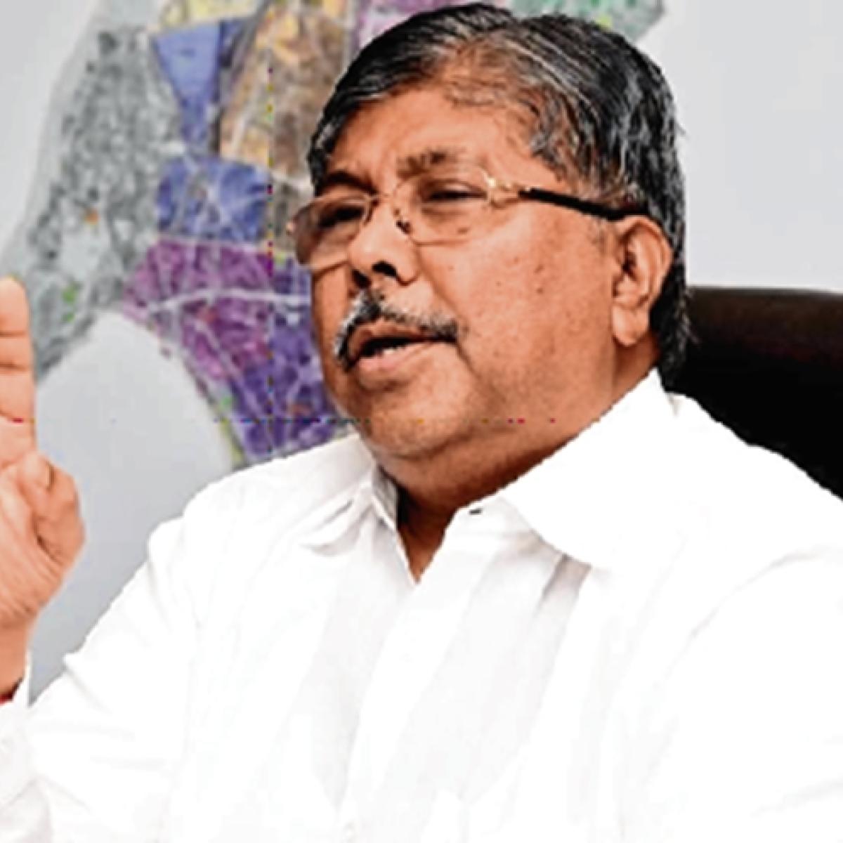 BJP's Chandrakant Patil, Mungantiwar to meet Shiv Sena leaders on seat-sharing
