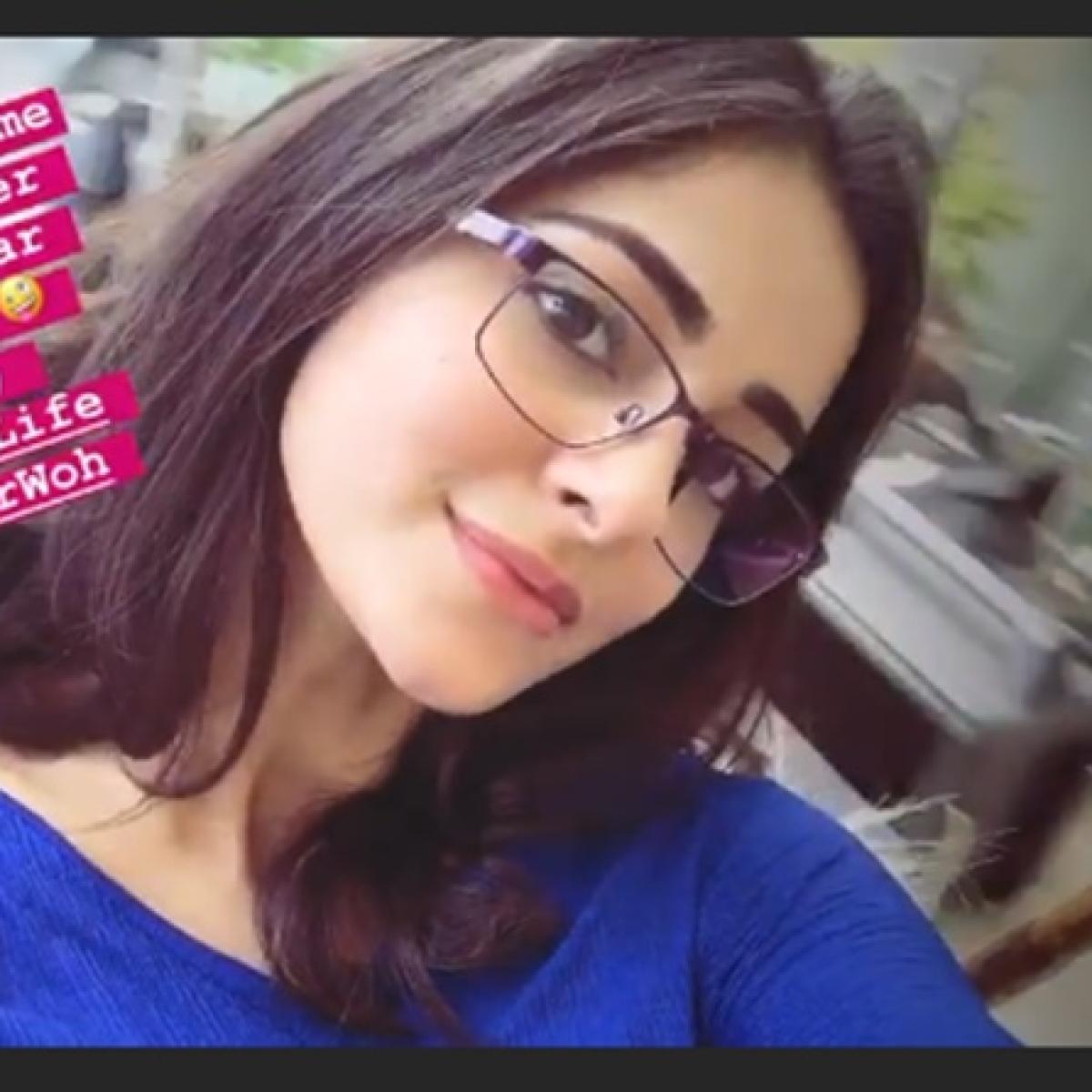 Ananya Panday calls herself 'Naina' in this new look from sets of 'Pati Patni Aur Woh'