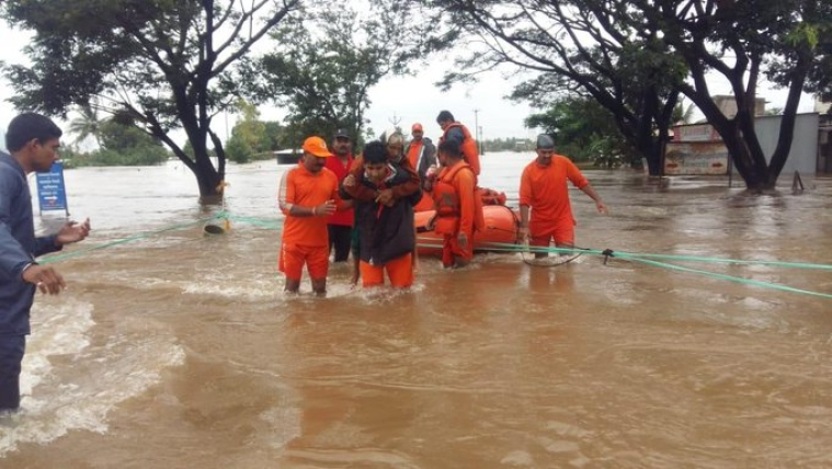 Latest News! Indian Army has intensified its relief & rescue operations in Maharashtra, Karnataka, Kerala & Tamil Nadu