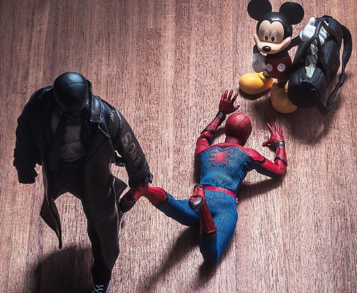 Netizens fight to bring back Tom Holland's Spider-Man amid Sony-Disney spat