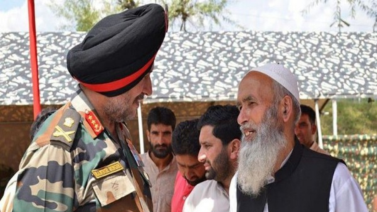 J-K: Northern Army Commander Lt Gen Ranbir Singh interacting with locals in Kupwara, Baramulla