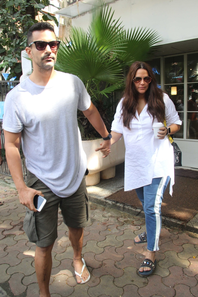 Neha Dhupia was snapped with hubby Angad Bedi at Sequel in Bandra. Both stepped out for in casuals for some family time.