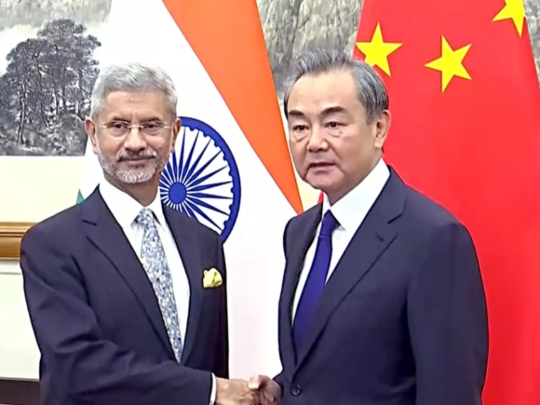 India, China sign four MoUs, agree to organise 100 activities