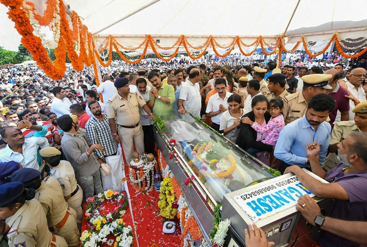 Cafe Coffee Day Founder VG Siddhartha cremated in Chikmagalur; family, friends bid tearful farewell to 'Coffee king'