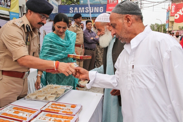 Eid in Jammu and Kashmir peaceful, no firing, say cops