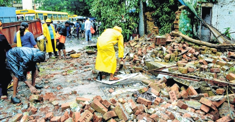1 dead, 3 hurt in 3 separate wall collapses in Mumbai