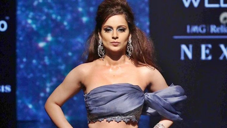 Kangana Ranaut dazzles in cobalt blue lehenga at Lakme Fashion Week 2019