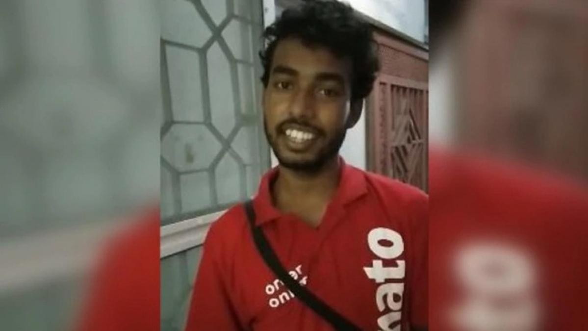 Zomato delivery boy sings Gori Tera Gaon Bada Pyara on Guwahati customer's request, video goes viral