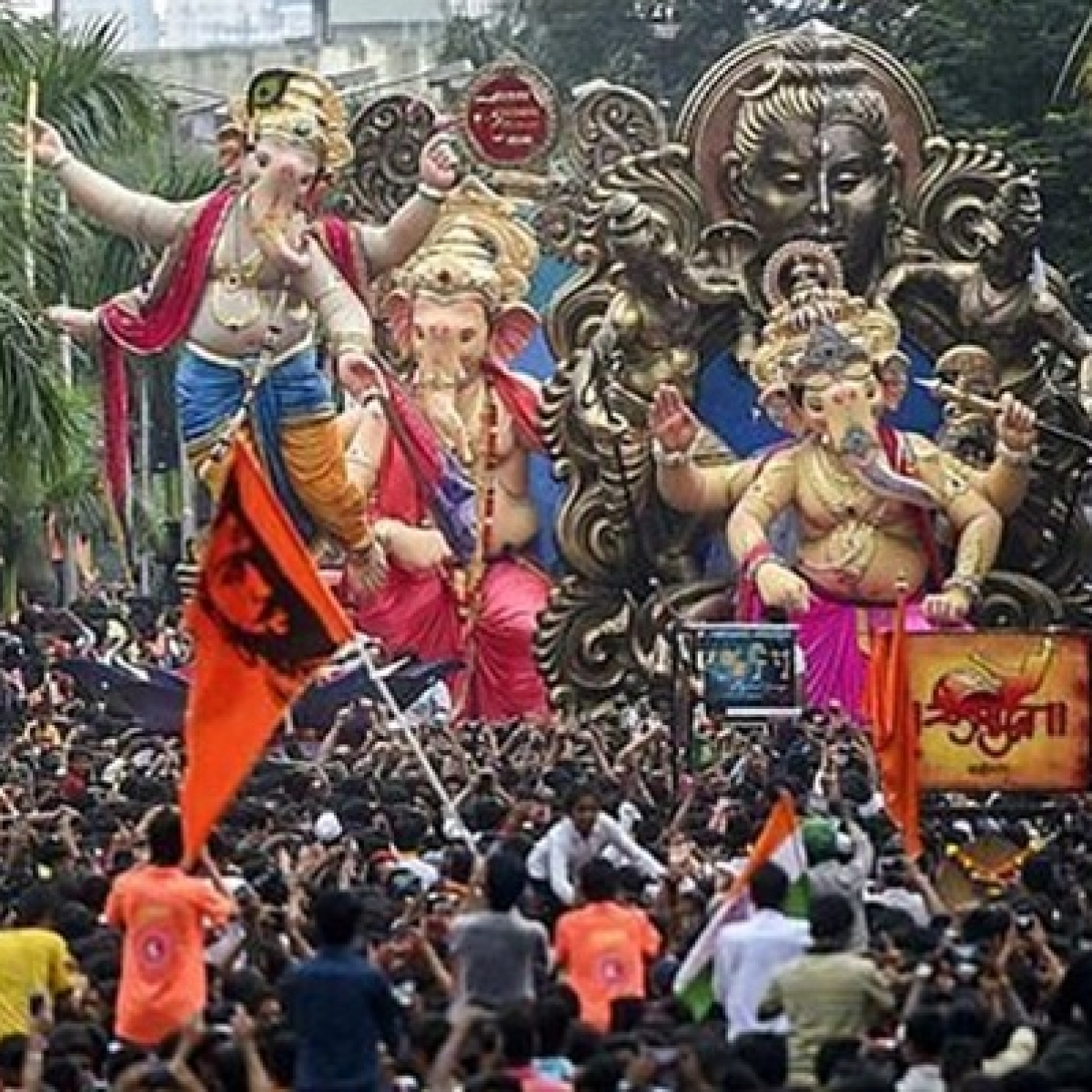 Ganesh Chaturthi 2019: This is the number you need to call if Ganesh Mandals break the rules
