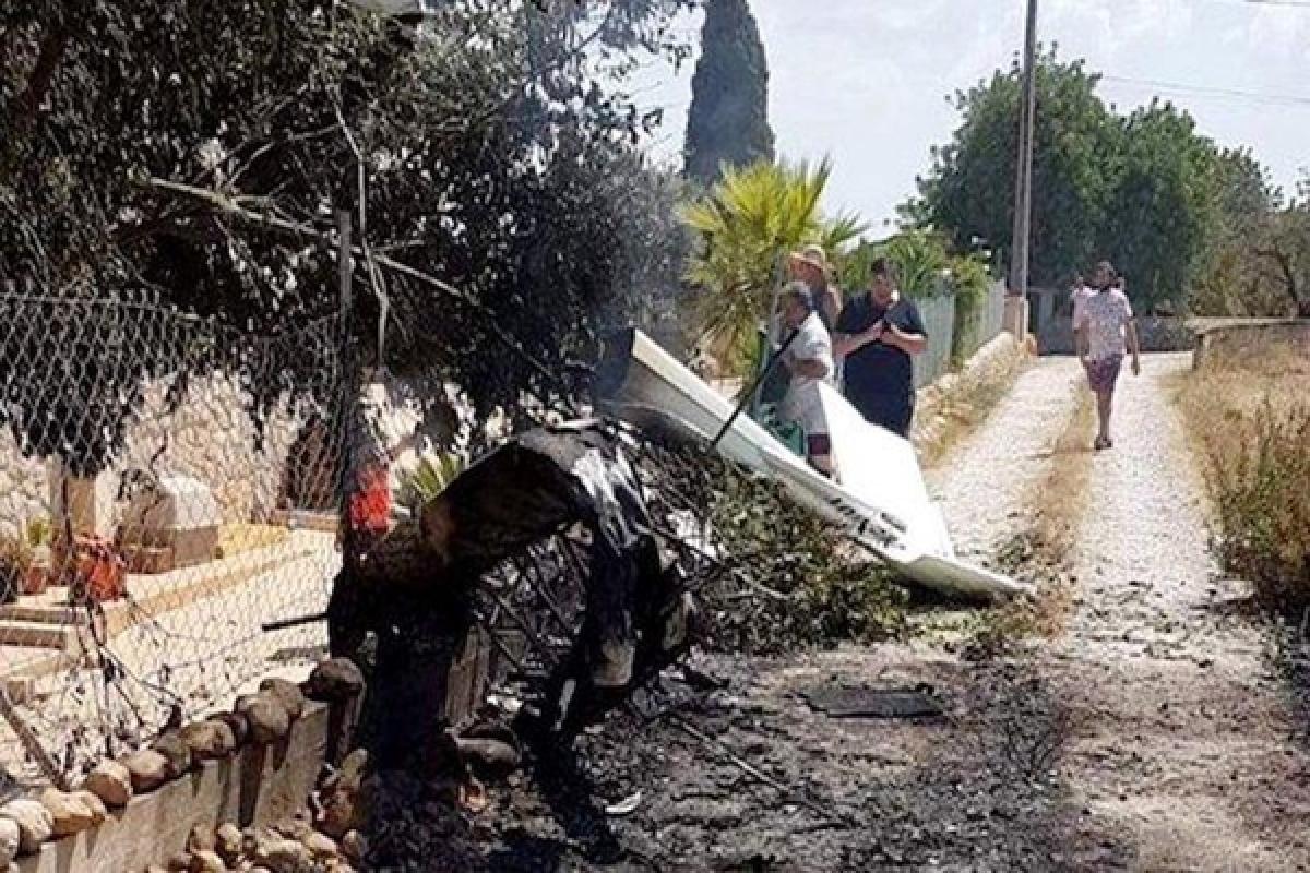 Spain: 7 people dead in mid-air collision