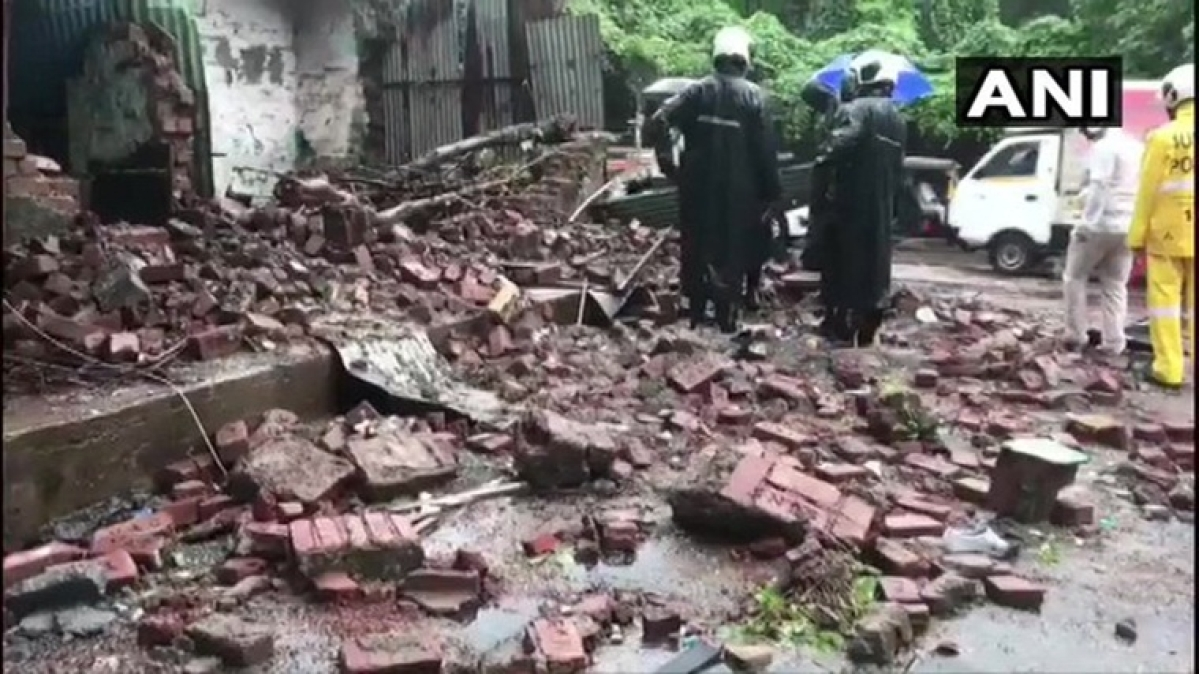 Mumbai: Three feared trapped after wall collapses in Chandivali