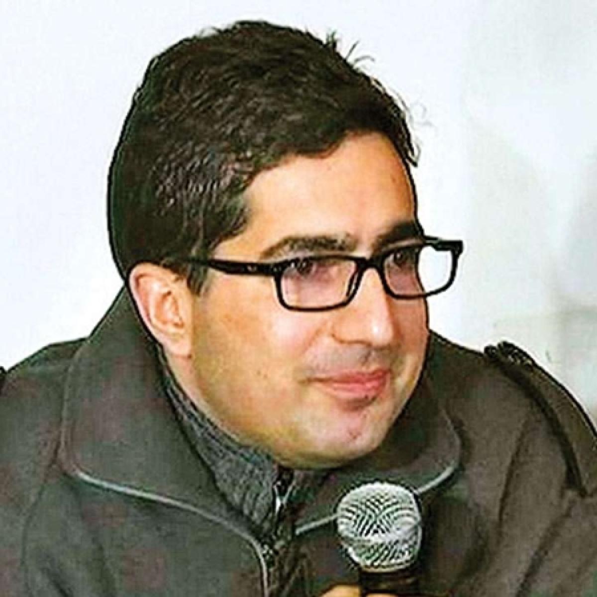 J&K: Centre's response sought by Delhi HC on Shah Faesal's plea challenging his detention