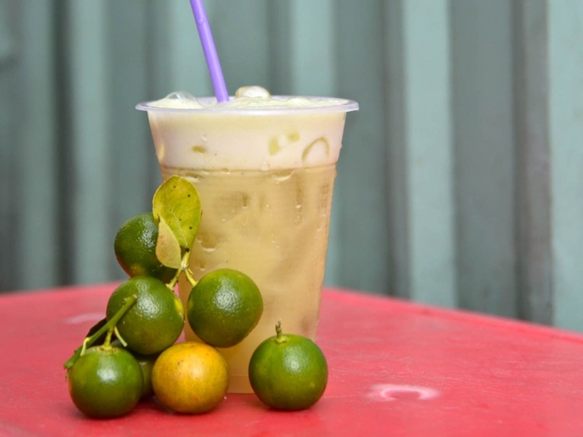 Conrad Centennial-Sugarcane with Calamansi Juice