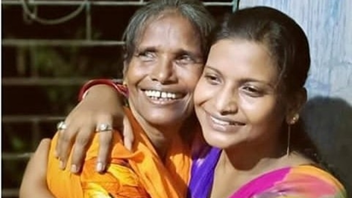 Ranu Mondal's daughter unaware of her mother singing on Ranaghat railway station