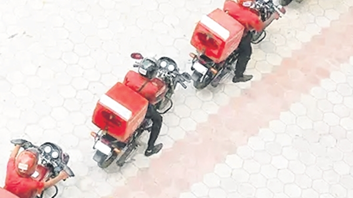 Almost 17k food aggregator riders booked for violating traffic laws
