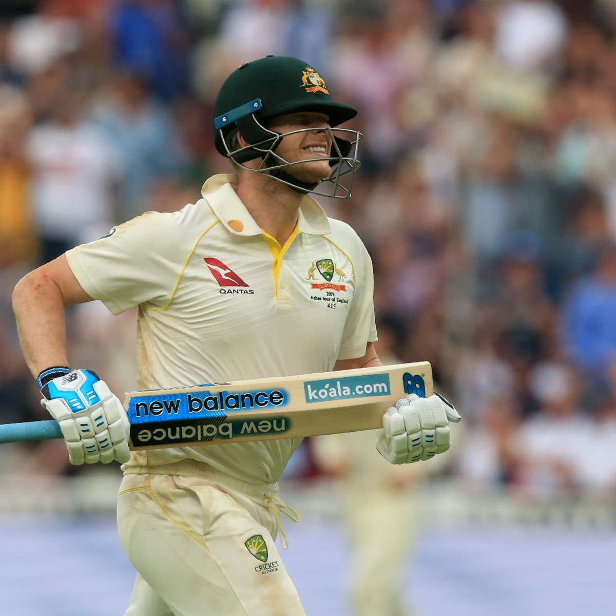 First Ashes Test: Cricketing fraternity applauds Steven Smith's incredible ton