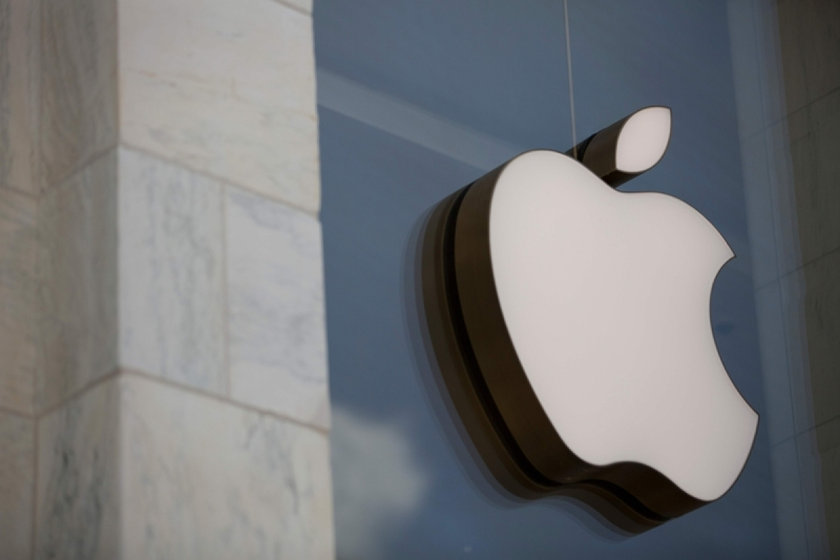 Apple 'bug' puts iPhones with latest iOS to hacking risk