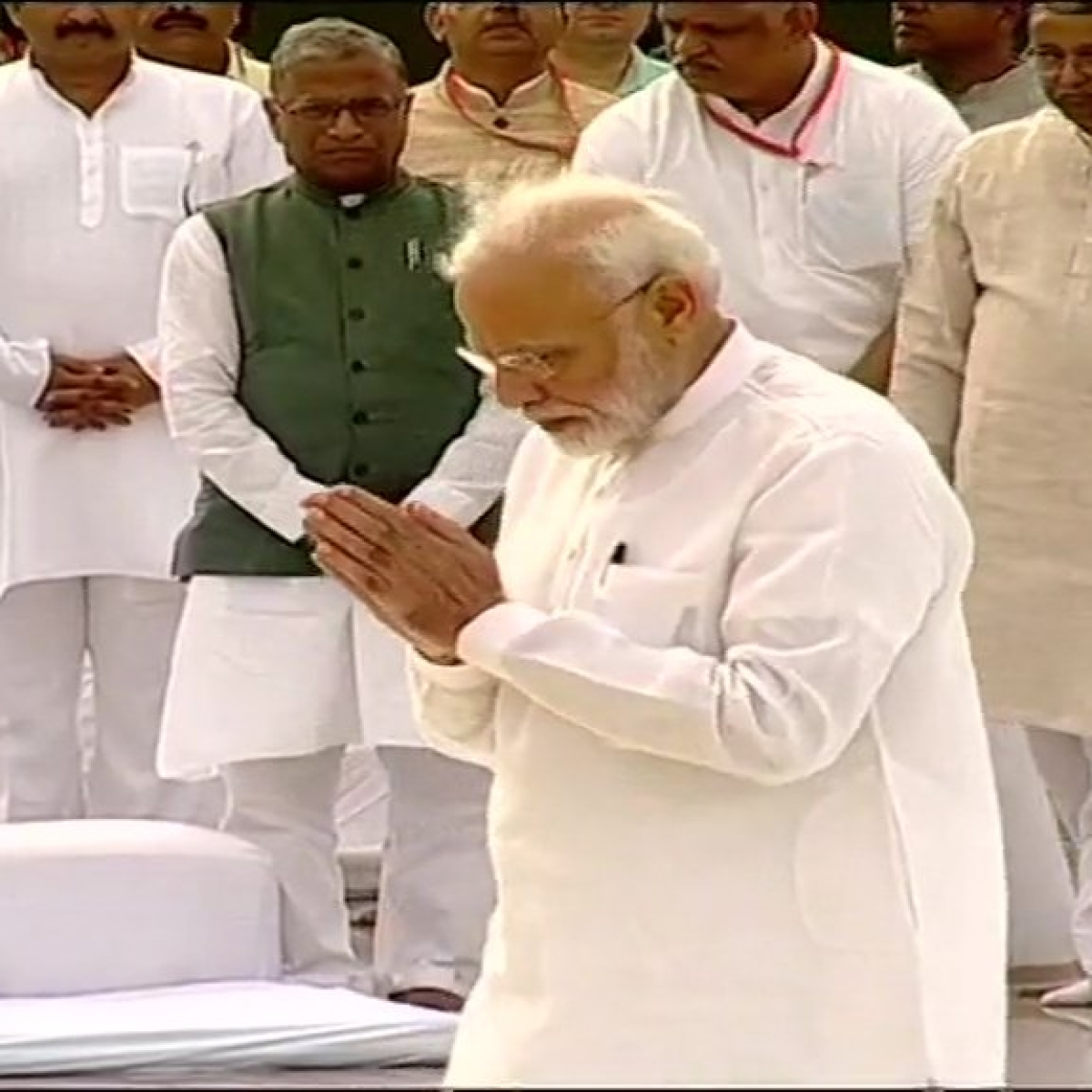 President Ram Nath Kovind, PM Narendra Modi pay tributes to Atal Vajpayee on his first death anniversary
