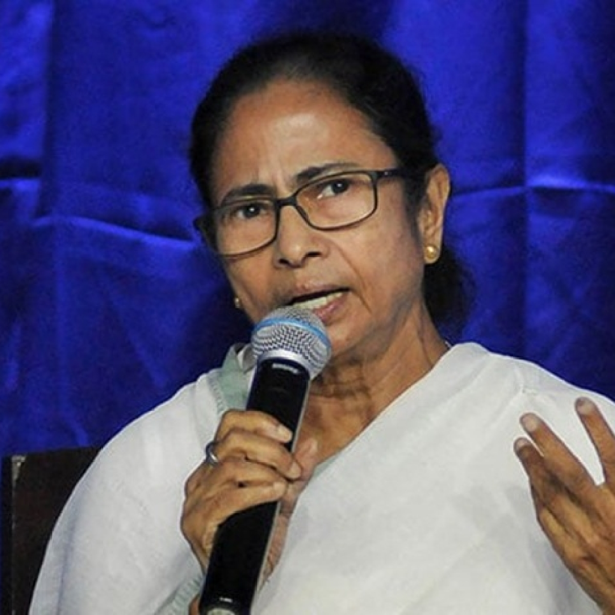 It will be better for me to die than prove my religion: Mamata Banerjee