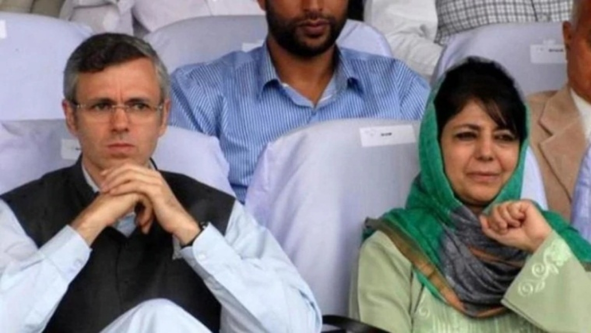 Over 500 political workers and leaders, including Omar Abdullah and Mehbooba Mufti, detained in Jammu and Kashmir