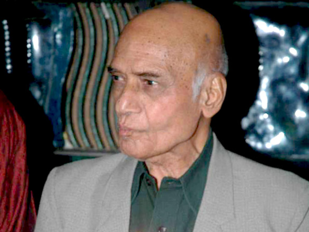 Mohammed Zahur Hashmi, was also popularly known as Khayyam