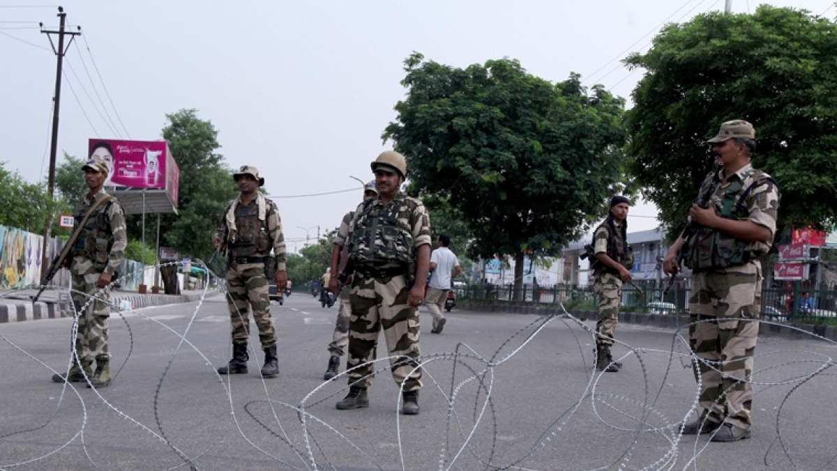 Pakistan intensifying efforts to increase strength of terrorists along LoC: Indian Army