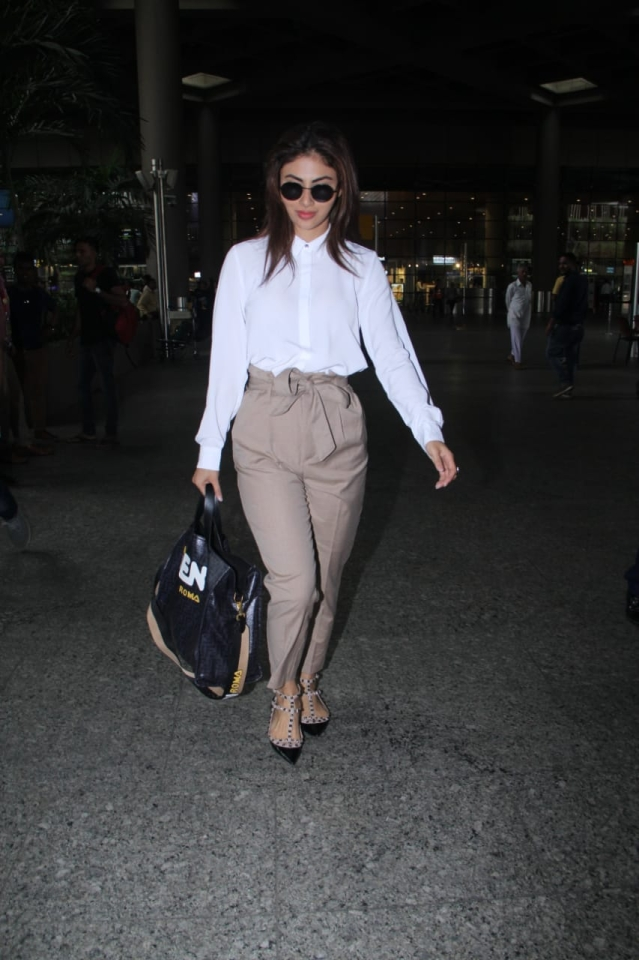 Mouni Roy's airport accessories cost more than Rs 2 Lakh!